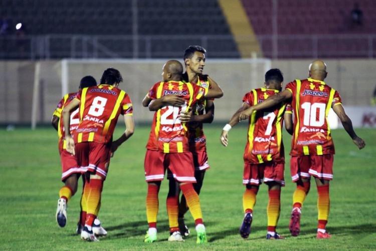 Juazeirense e Salgueiro ficaram no 1x1 no primeiro jogo da seletiva para a  Copa do Nordeste 2019 145e52429208b