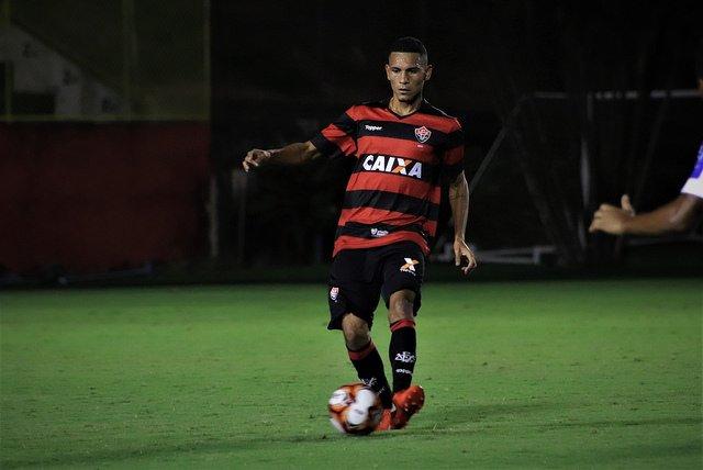 b817b0d477 Brasileiro sub-23  Vitória enfrenta o Internacional visando a ...
