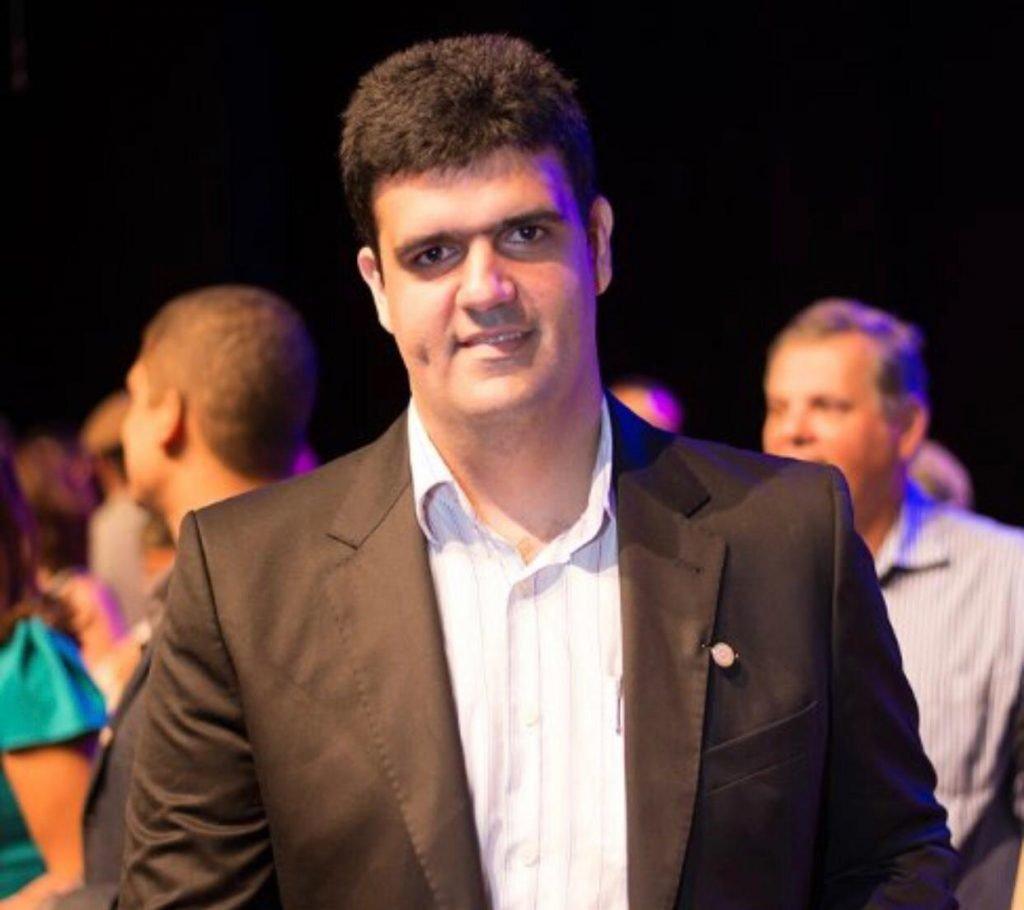 Presidente do Conselho Deliberativo do Bahia promete aproximação do futebol  do clube - Notícias - Galáticos Online