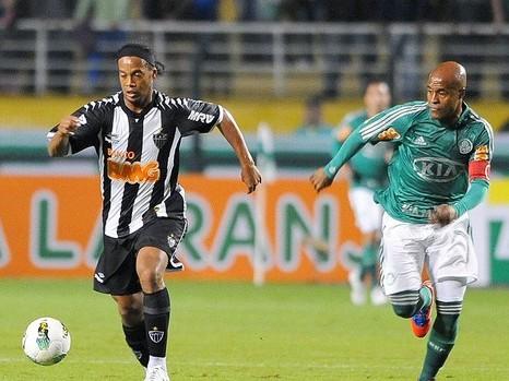Estreia contra o Palmeiras de Kid Bengala